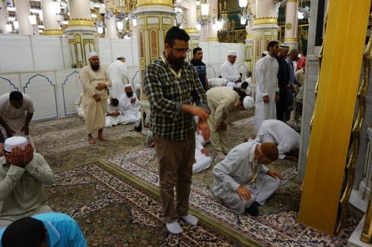 Damainya bisa shalat di Raudhah